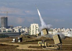 Палестинская ракета впервые достигла Тель-Авива, пробив «Железный купол»