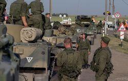Берлин требует от России объяснений по вводу ее боевой техники в Украину