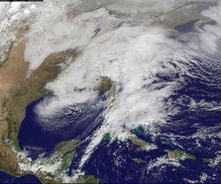 «Монстро-шторм»: В США из-за снежной бури погибло более 10 человек