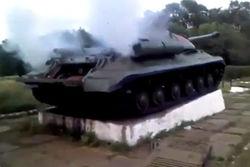 Боевики заявляют, что они реанимировали танк-памятник ИС времен ВОВ