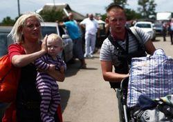 Стоит ли переселенцам возвращаться на занятый боевиками Донбасс?