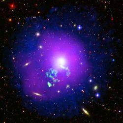Галактика NGC 5044: раскаленный газ перемешивается в галактическом