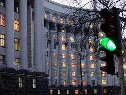 Яценюк созвал экстренное заседание Кабмина по Крыму