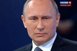 Путин так и не ответил на «Прямой линии» на вопрос о самоизоляции России