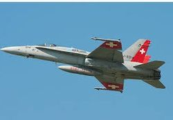 Швейцария потеряла в Альпах боевой самолет F/A-18