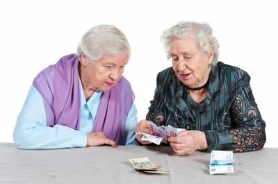 Может ли пенсионер отказаться от наследства по закону