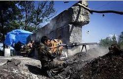 Боевики переходят в контратаку, мешая перегруппировке сил АТО