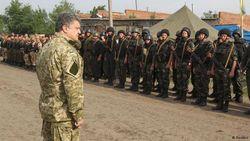 Эксперты и участники АТО критикуют мирный план Порошенко