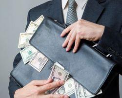 Боссам госкомпаний Украины повысят зарплаты, но не ответственность за итоги