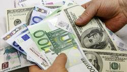 Курс евро повышается в понедельник на Forex