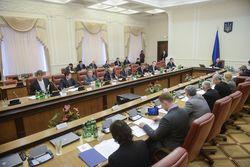 Смену власти поддержала половина украинцев, треть – нет