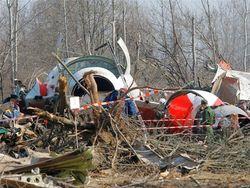 Туска обвинили в фальсификации отчета о Смоленской авиакатастрофе