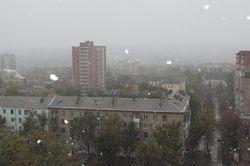 В Донецке выпал первый снег. Но синоптики обещают еще бабье лето