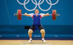 Всю сборную РФ по тяжелой атлетике отстранили от Олимпиады