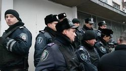 Украина: довыборы в парламент стартовали с привычных нарушений законодательства