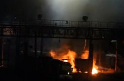 Под Харьковом загорелся поезд с цистернами