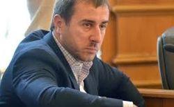 Автомобиль депутата партии Ляшко «обстреляли» гирями в Киеве
