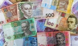Наличный курс гривны укрепляется к доллару США