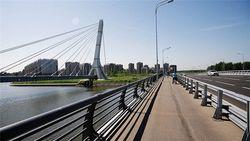 Мост имени Кадырова расколол петербуржцев