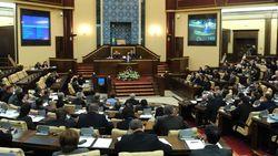 Парламент Казахстана урезал полномочия президента