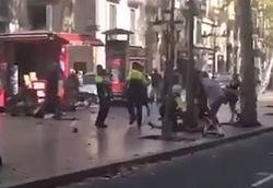 Террористы ударили по Барселоне: десятки погибших и раненых