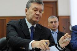 """Янукович отказался сжигать """"Межигорье"""" при бегстве"""