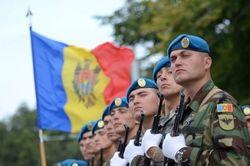 Власти Молдовы перебросили дополнительную бронетехнику в Кишинев