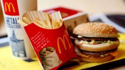 McDonald's приостановила работу своих заведений в Крыму