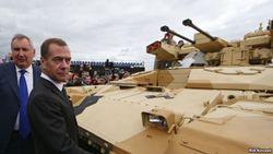 Кремль пытается сохранить лицо после провалов на внешней арене – эксперт