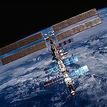 Вернувшиеся с МКС космонавты в ЦПК вручную «посадили» модуль на Марс