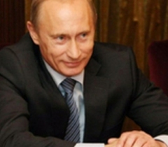 Путин просит не гадать, кто зажжет огонь в Сочи, а дождаться открытия Игр
