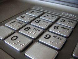 Защита банкоматов от фальшивок обойдется банкам России в 800 млн. долларов