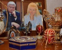 Экс-генпрокурор Пшонка готов развестись, лишь бы сохранить свои активы