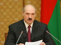Власти Беларуси обещают народу райскую жизнь в 2014 году