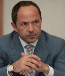 """Тигипко предлагает Януковичу """"технического премьера"""""""