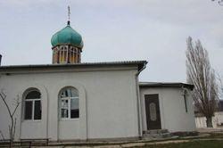 Казаки разгромили храм в Крыму