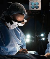 У Google Glasse появился конкурент, позволяющий видеть раковые клетки