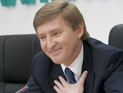 200 тысяч 10-килограммовых пакетов помощи от Ахметова готовы к отправке