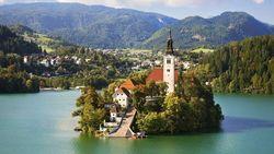 Эксперты рассказали, как безвизовый режим поможет украинским инвесторам в недвижимость Словении
