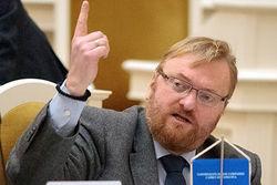 Милонов предложил законодательно запретить соцсети для детей младше 14 лет