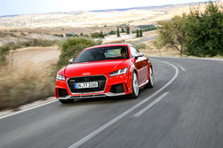 Сравнение современных и классических моделей Audi