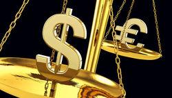 Евро растет против доллара на 0,02% на Форекс: инфляции еврозоны на 5-летнем минимуме