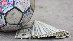В Украине могут исчезнуть несколько элитных футбольных клубов - эксперт