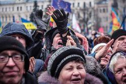 На Майдане предложили жесткий контроль за властью