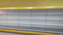 В крымских магазинах опять пустеют полки