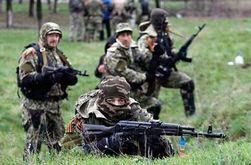 Под Донецком идет бой, террористы привлекли танки