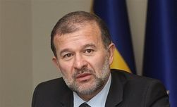 Киеву нужно отказаться от оккупированных районов Донбасса – Виктор Балога