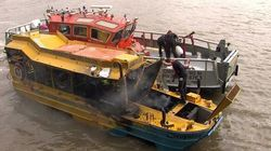 Сгоревший на Темзе автомобиль-амфибия