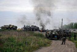 ИС: из-за обстрела в Славянске погиб один военный, трое ранены