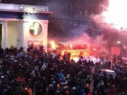 В МВД Украины объяснили причину зачистки баррикад на Грушевского